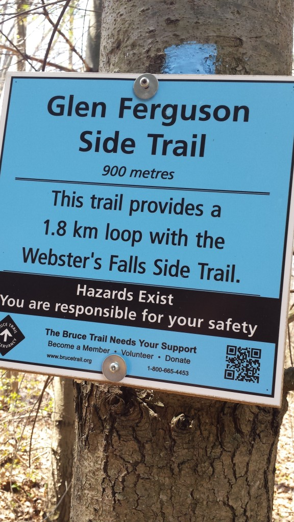 Signs and colors will guide your hike along this section of the Bruce Trail.